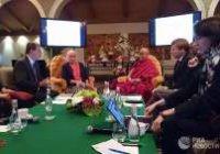 Ученые заговорили с Далай-ламой о новой теории сознания