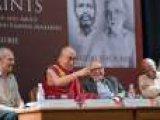 Далай-лама принял участие в презентации книги Аруна Шоури «Два святых»